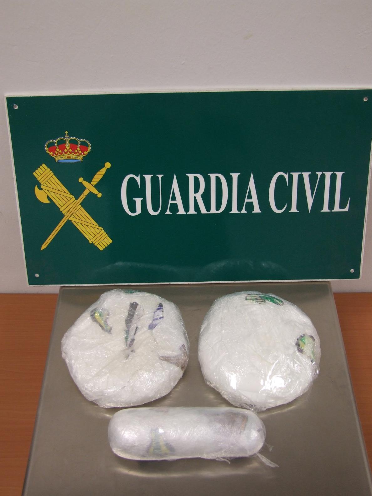 Detenida una mujer en el Aeropuerto de Fuerteventura cuando intentaba introducir desde Madrid cocaína