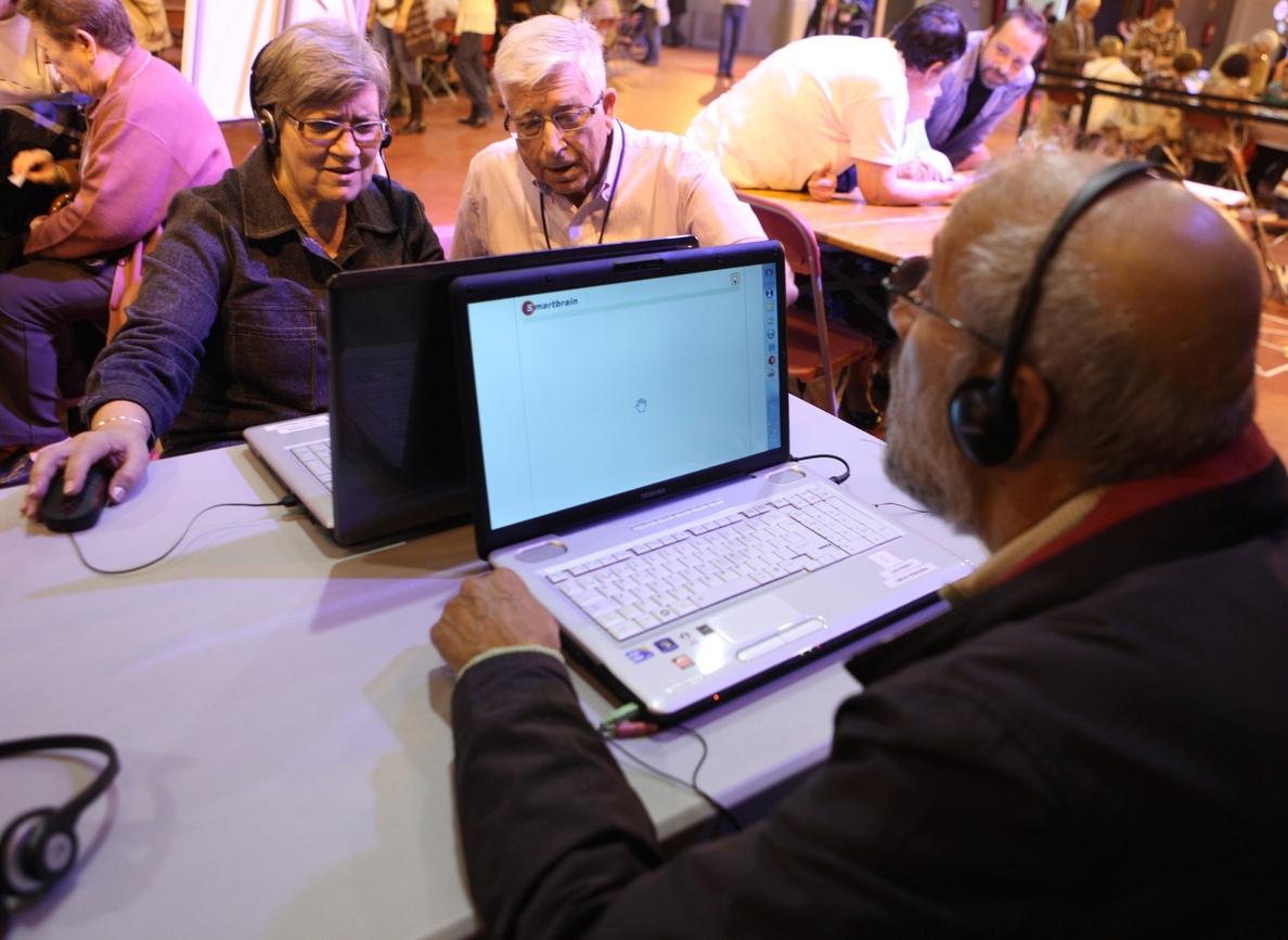 Internet puede servir para prevenir casos de depresión en personas mayores