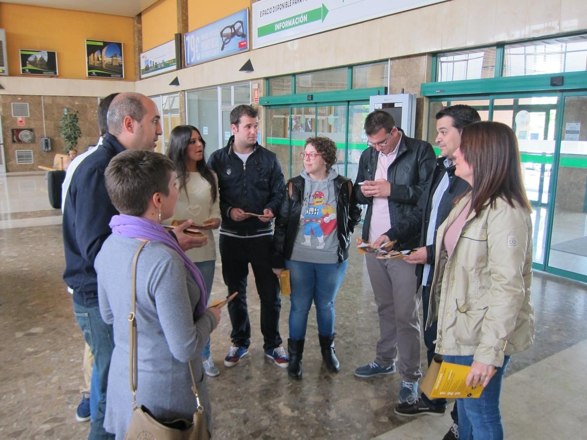 Juventudes Socialistas de España inicia una campaña para fomentar el voto por correo entre los jóvenes