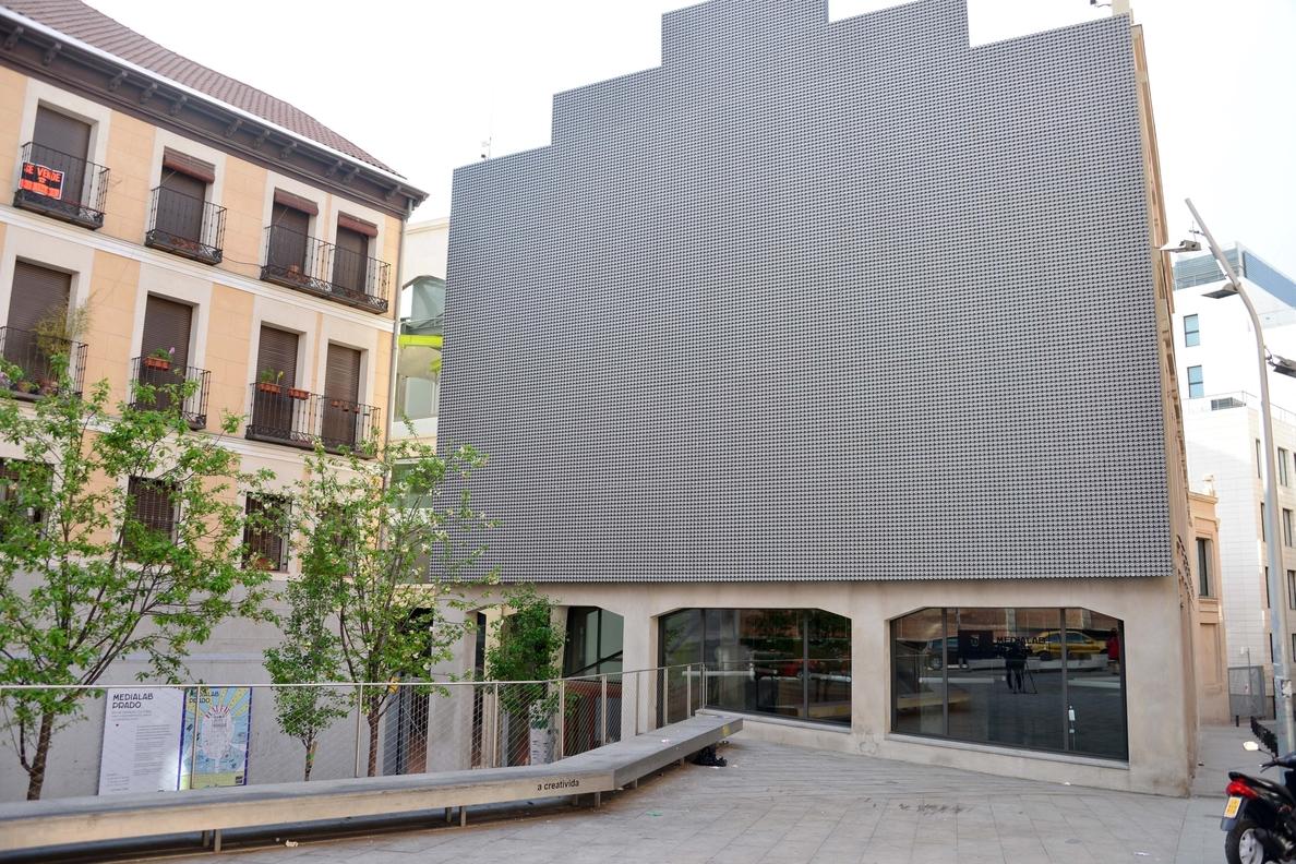 El director de Madrid Destino puntualiza que no se negocia que Telefónica gestione Medialab sino una «colaboración»