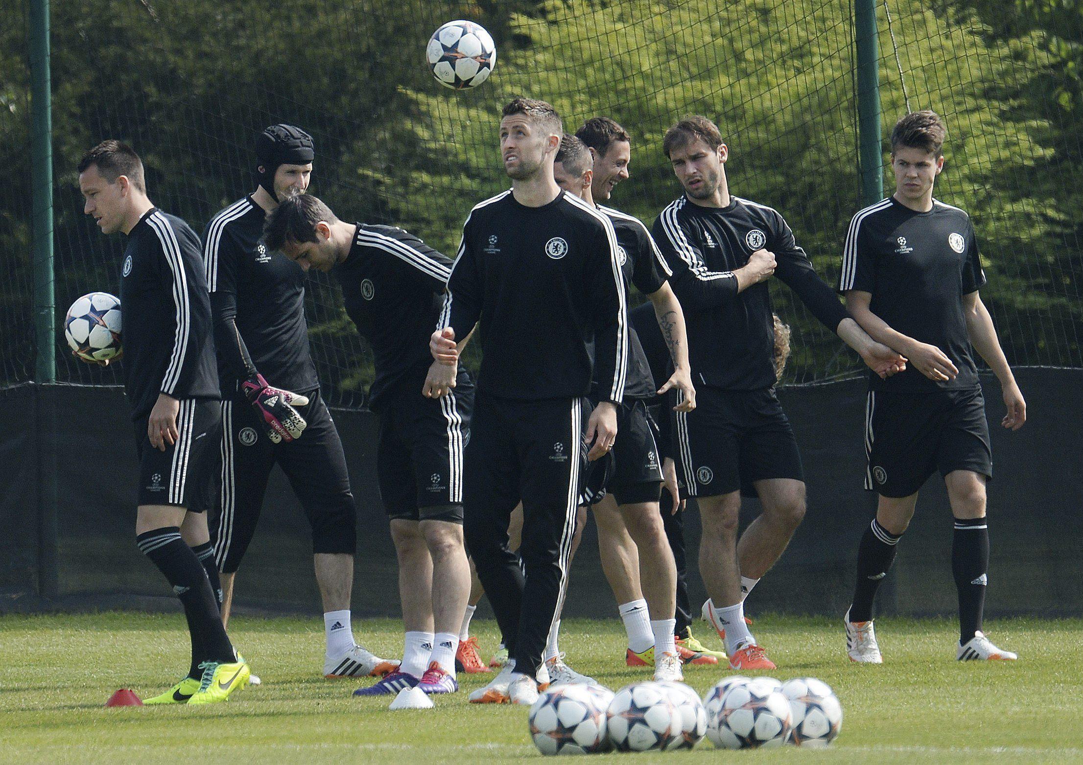 El Chelsea viaja a Madrid sin Eto»o y con Hazard