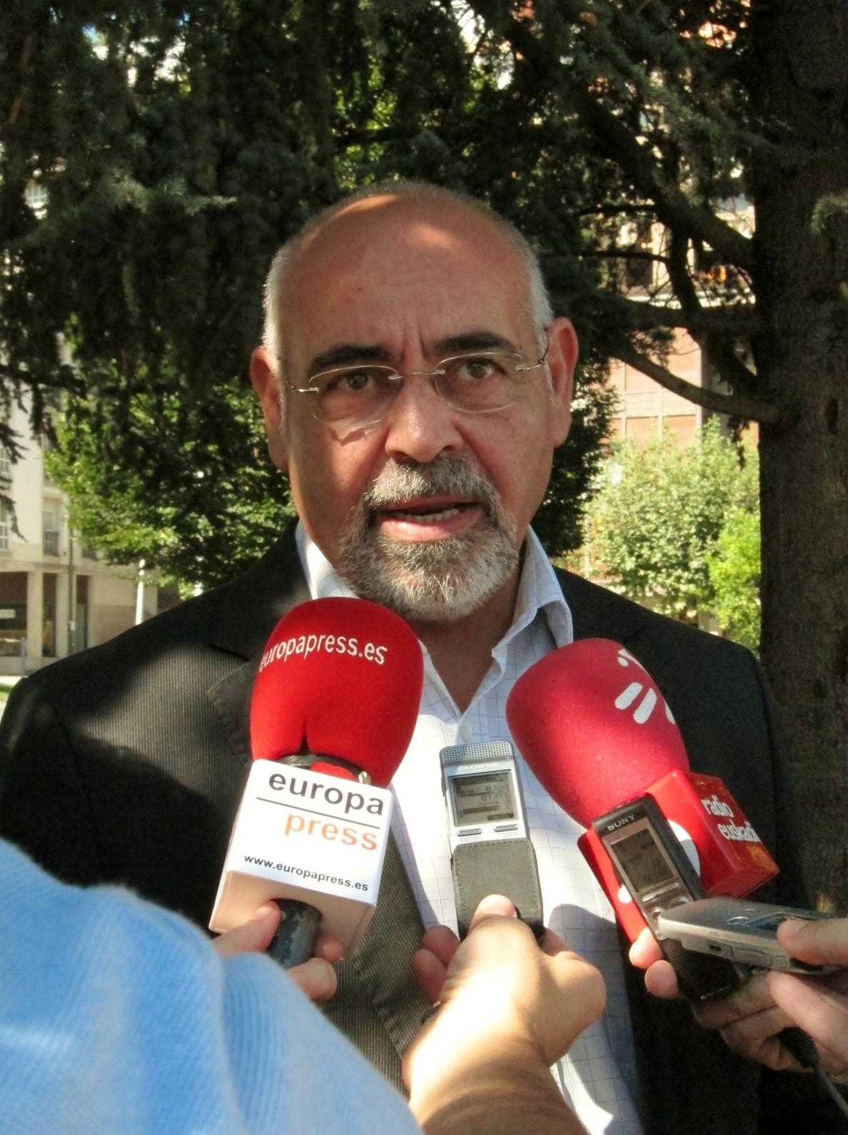 PSE pide a nacionalistas vascos y catalanes sumarse a una reforma federal de la Constitución por ser la «única solución»