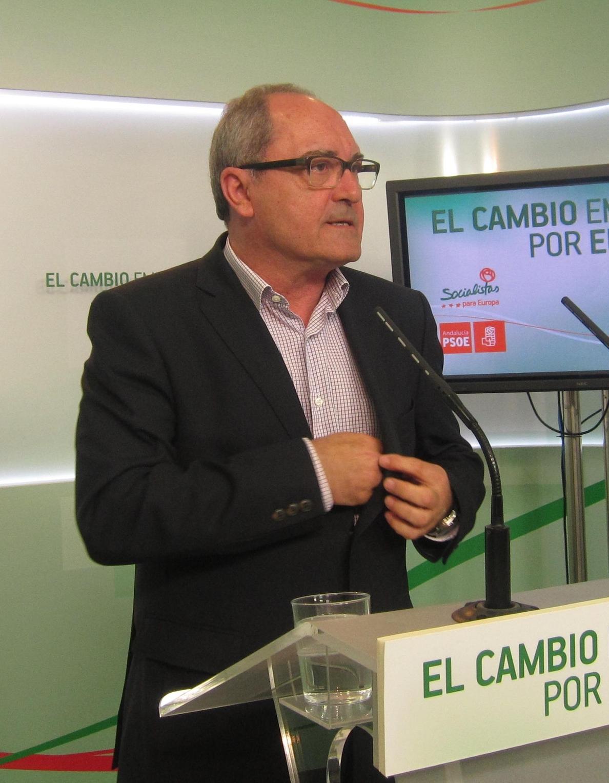 El comité de enlace entre PSOE-A e IULV-CA volverá a reunirse esta semana tras la crisis por los realojos de la Corrala