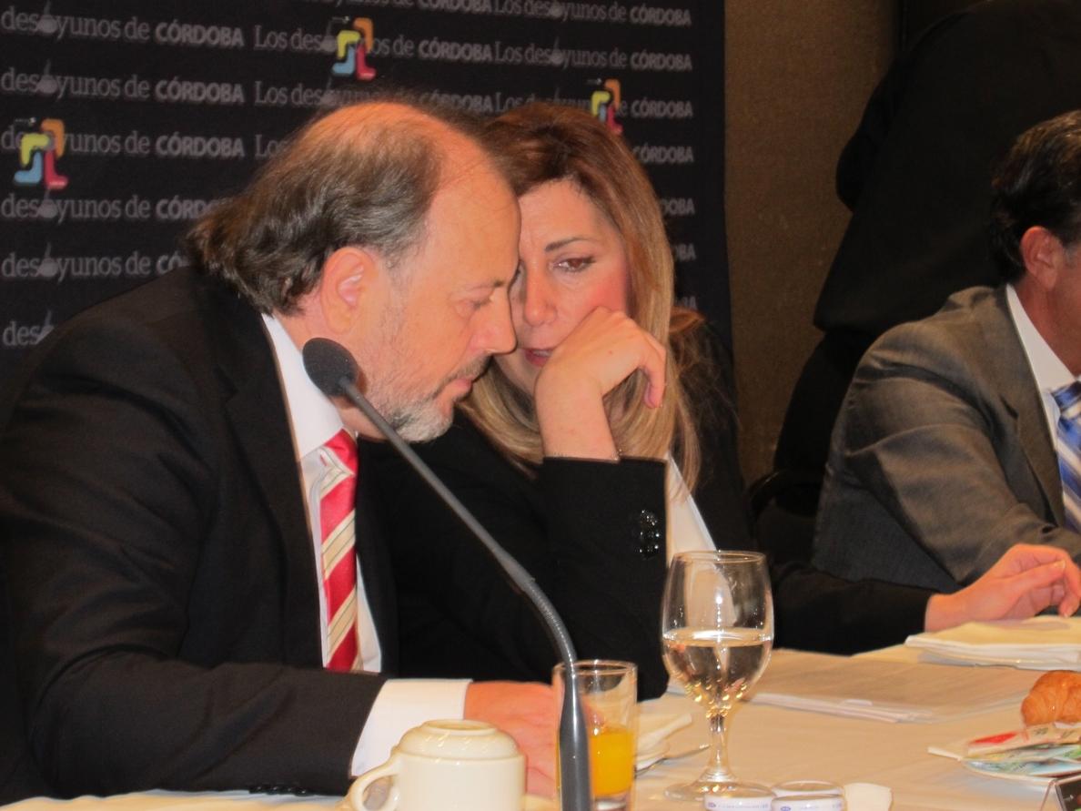 Susana Díaz dice que Cañete «no puede dar lecciones sobre decir la verdad» cuando «miente en su declaración de bienes»
