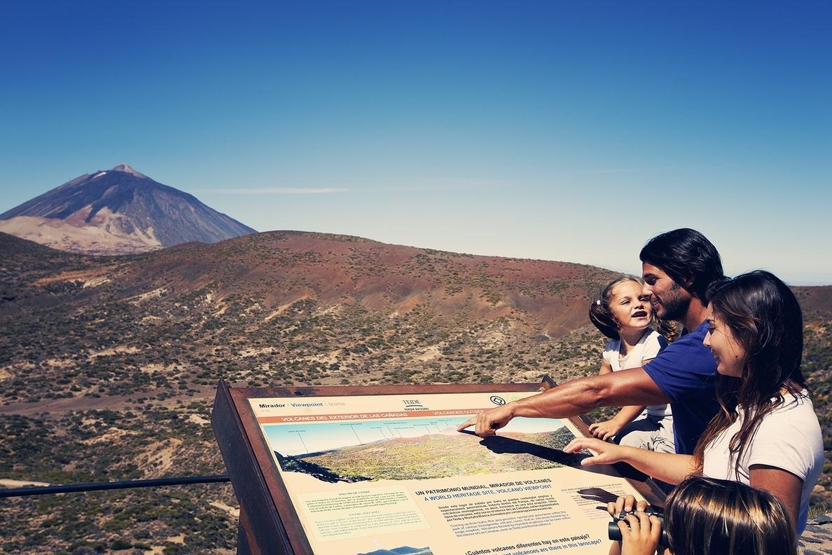 El Teide se potenciará como recurso turístico relacionado con las estrellas y los volcanes