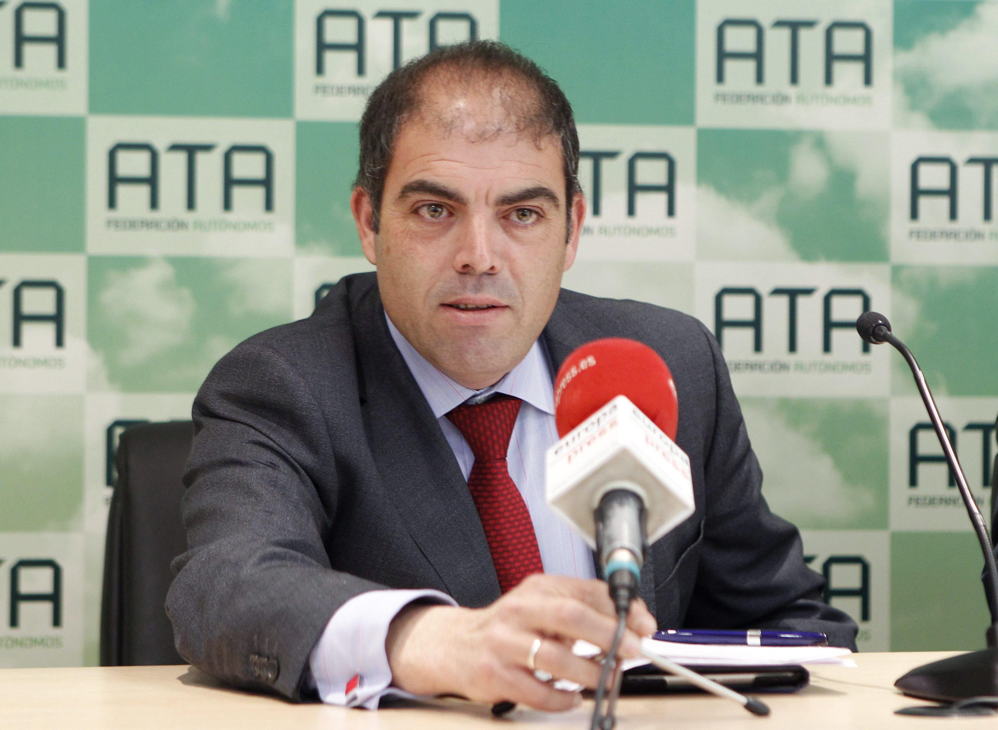 El 33 % de los autónomos prevé hacer algún contrato en 2014, según ATA