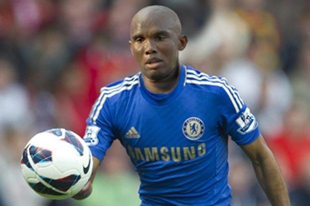 Eto´o, baja de última hora en el Chelsea por un problema en la rodilla
