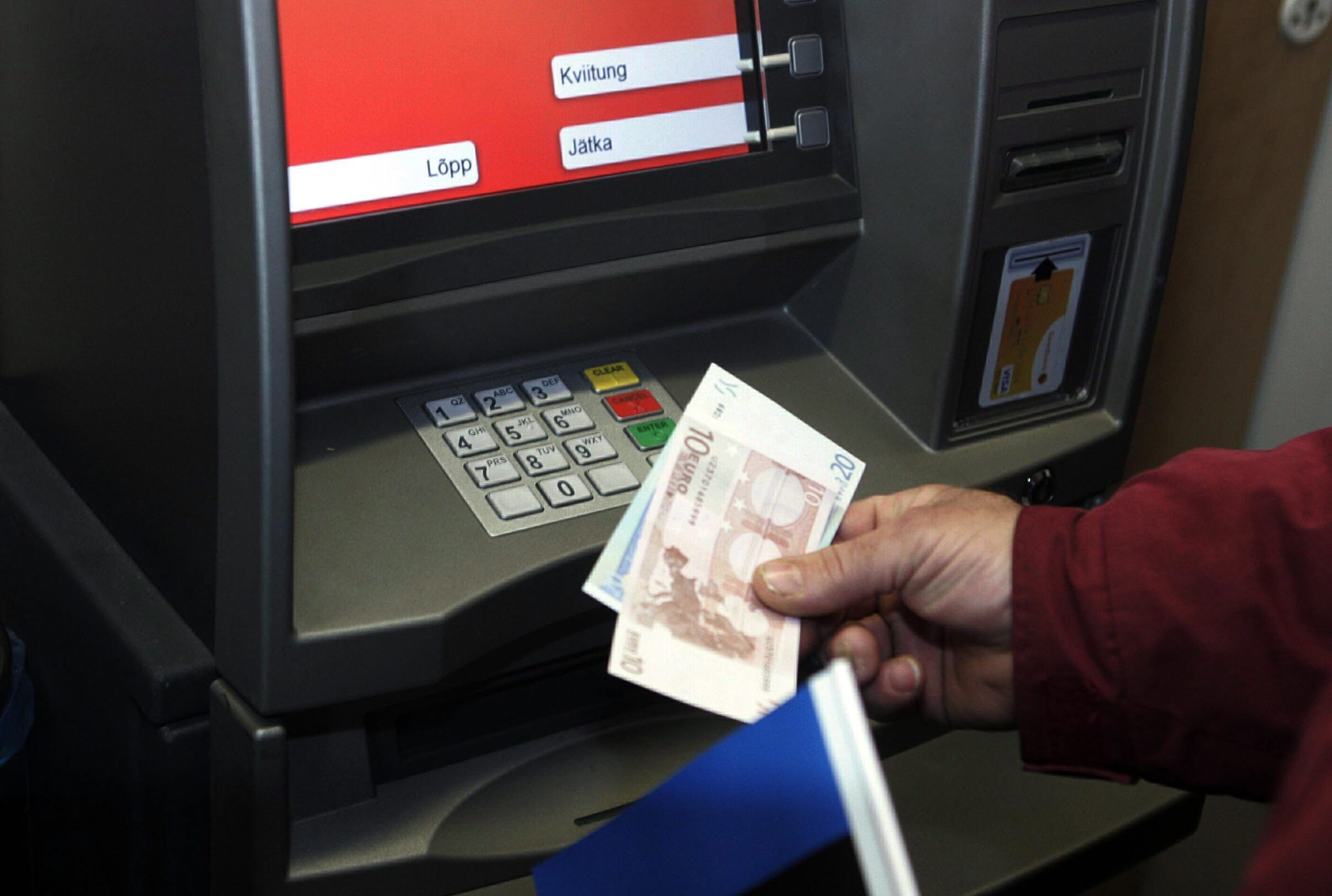 La morosidad bancaria suma dos meses de caídas al bajar en febrero al 13,42 por ciento