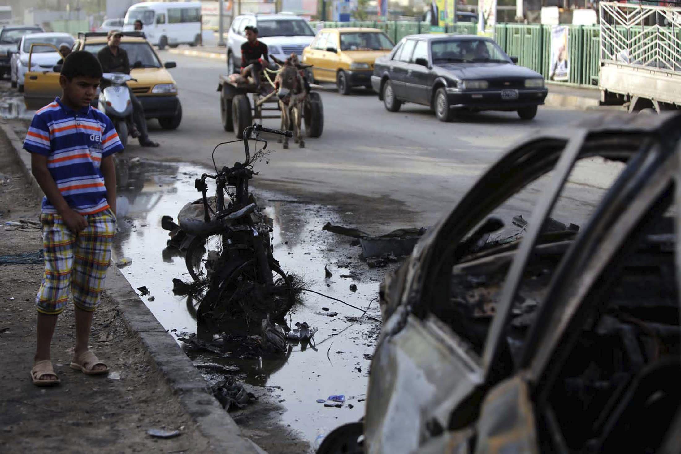 Al menos 10 muertos en un atentado suicida contra la policía en Irak