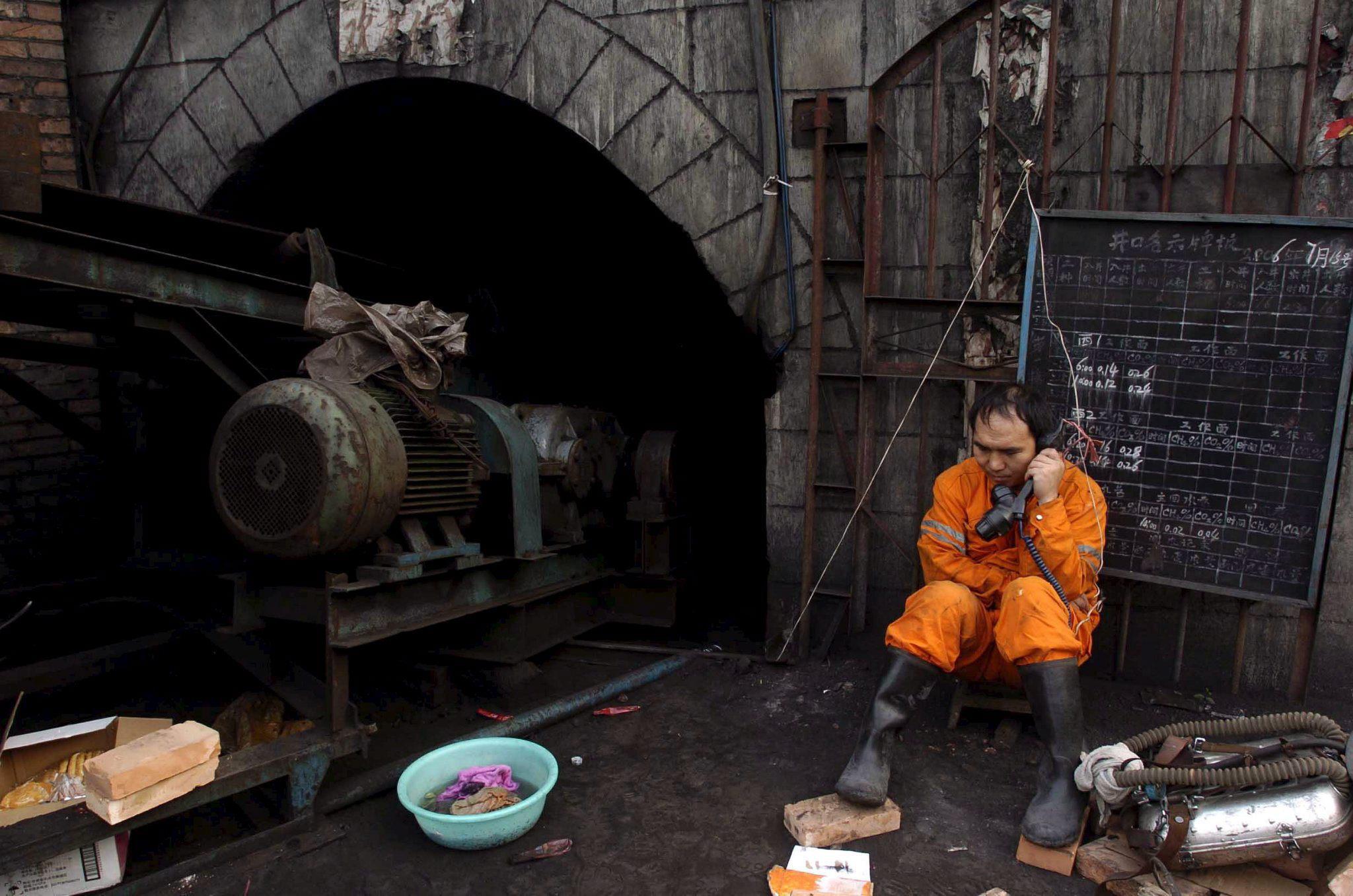 Al menos 13 muertos tras una explosión de gas en una mina del sur de China