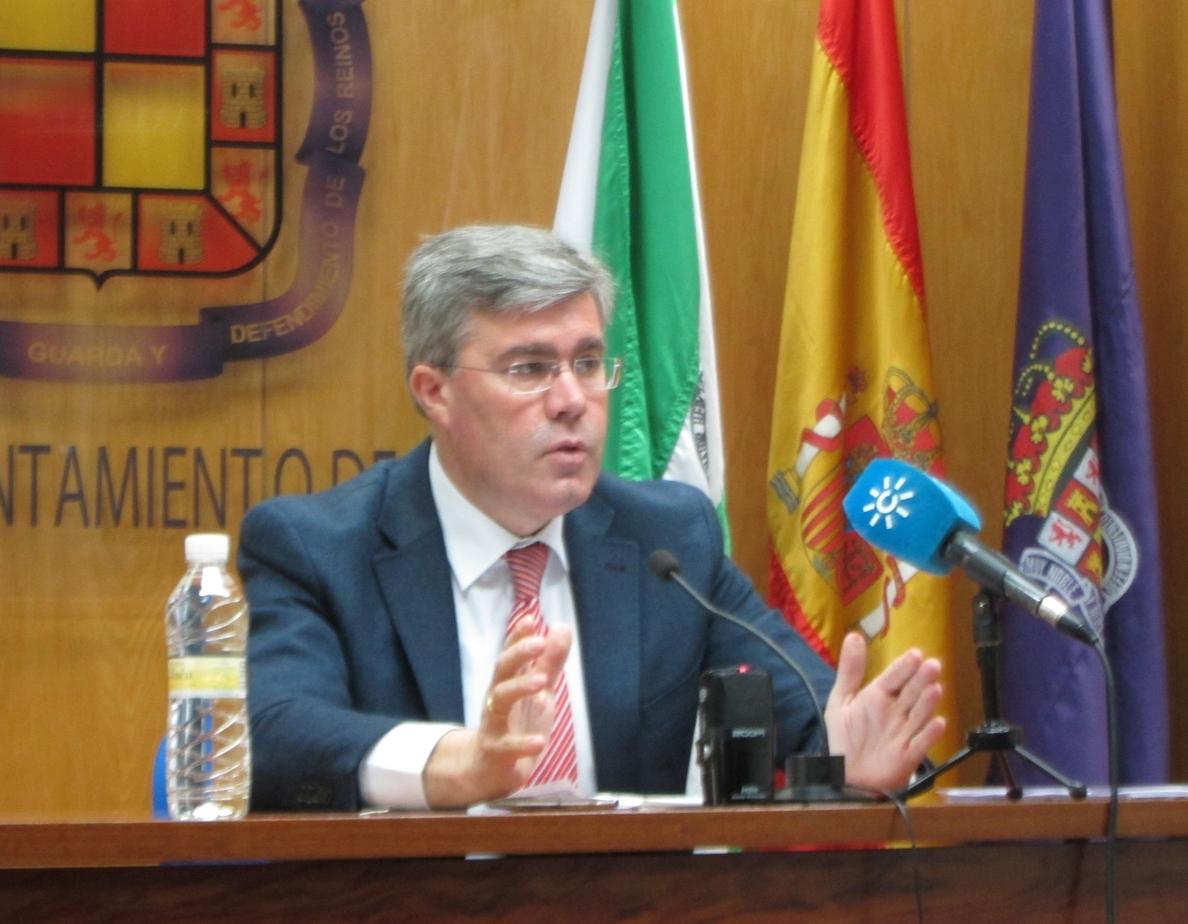 El alcalde desea que la sentencia del «dilatado» conflicto de la dependencia se dicte «a la mayor brevedad»