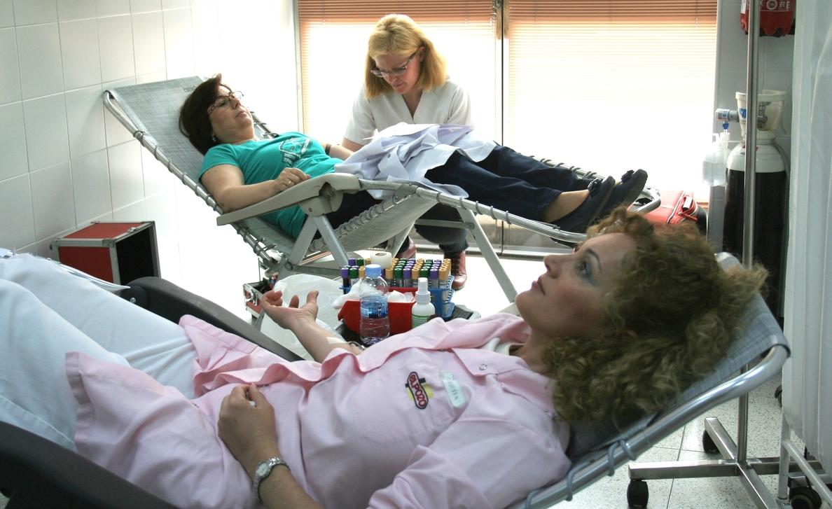 Los trabajadores de ElPozo Alimentación, solidarios con la sociedad donando sangre