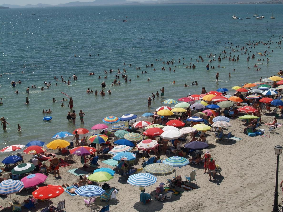 Baleares recibió 416.000 turistas internacionales hasta marzo, un 24,4% menos