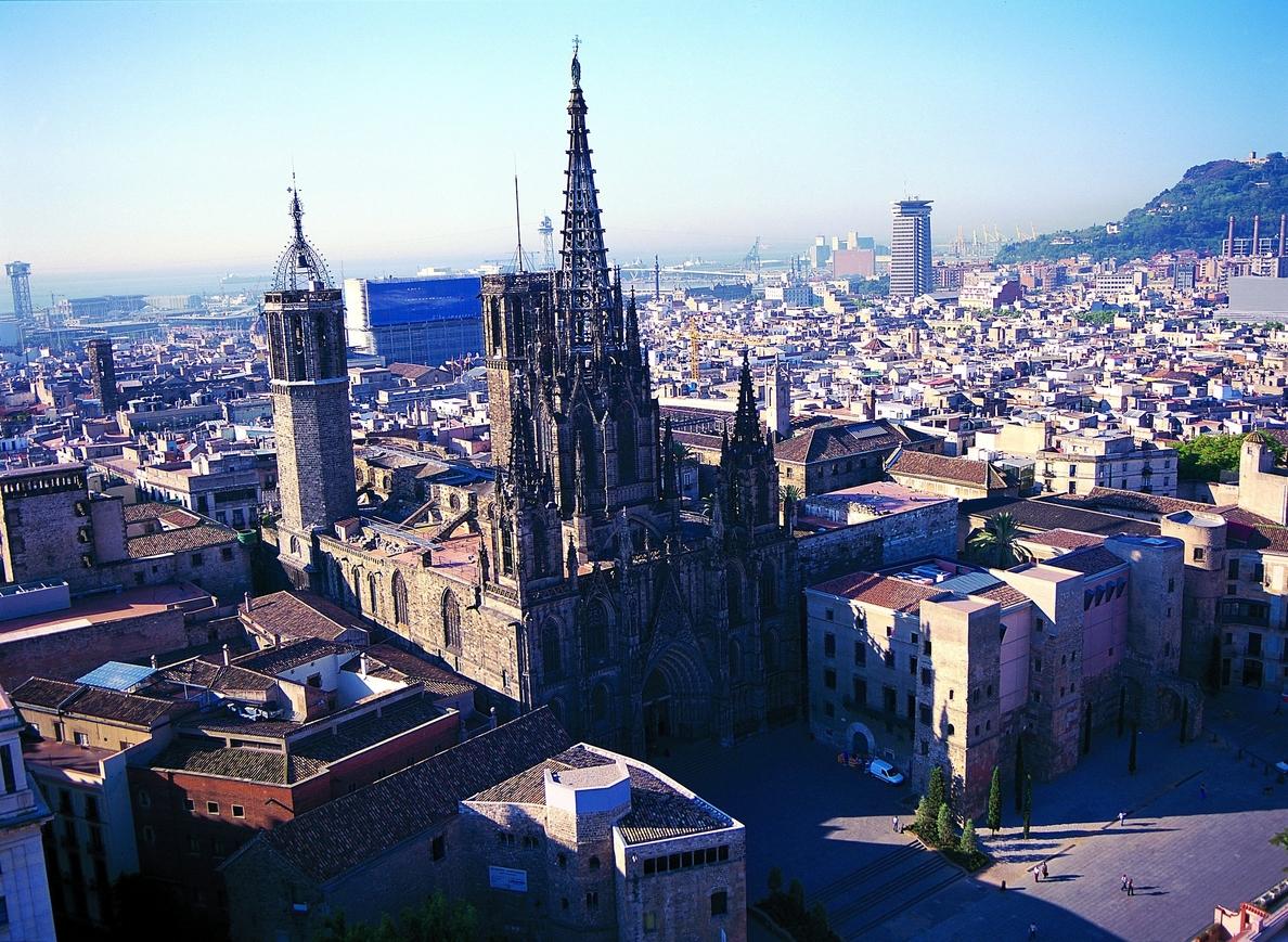 Catalunya recibió 2,5 millones de turistas internacionales hasta marzo, un 9,8% más