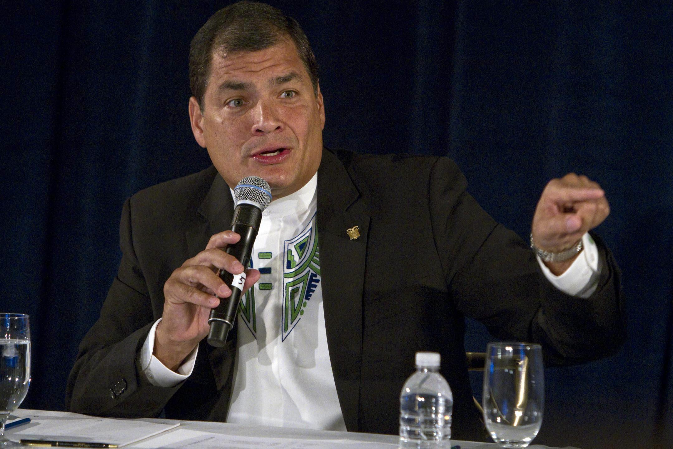Correa verá al rey Juan Carlos, a Rajoy y será doctor honoris causa en España