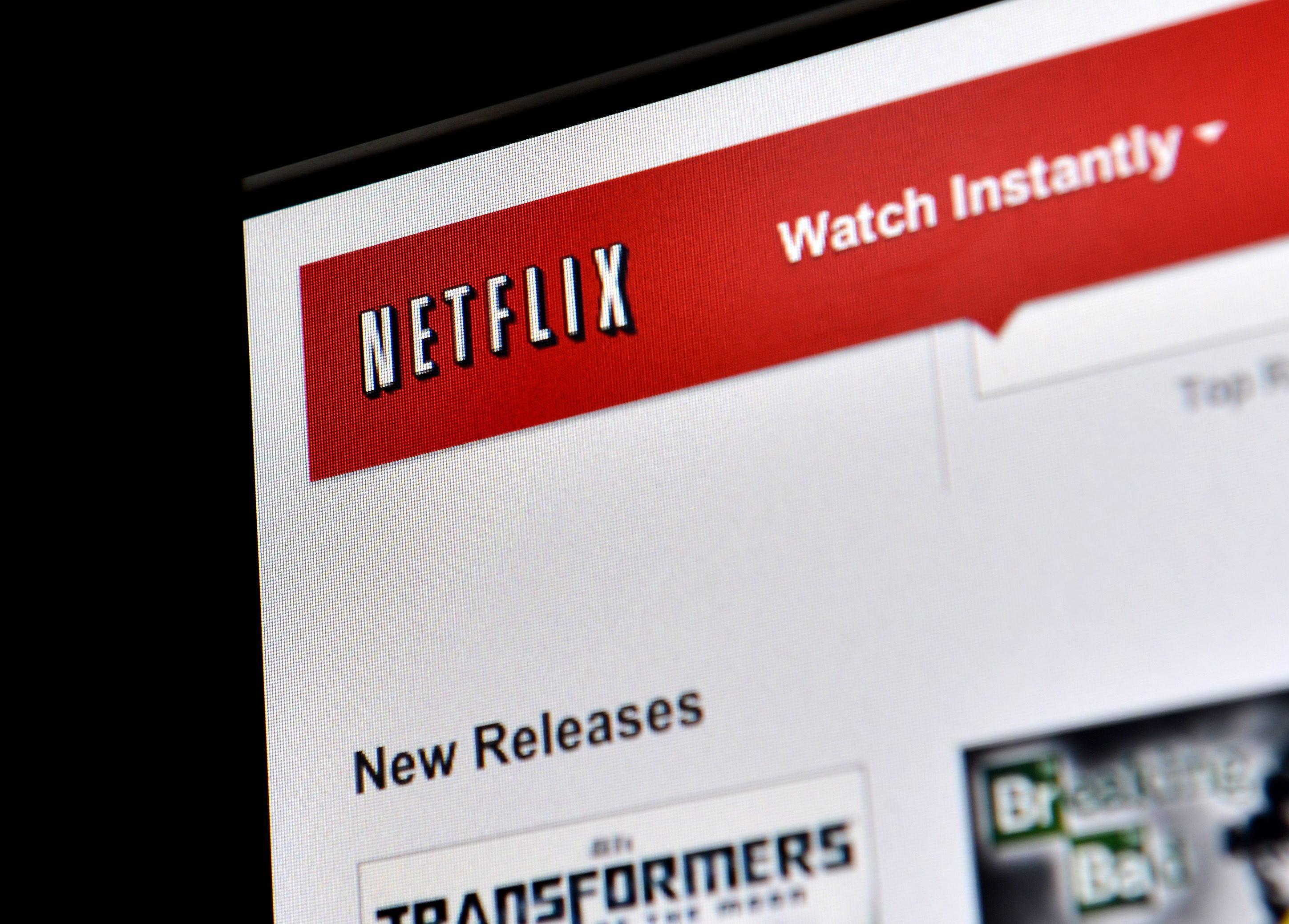 Netflix gana cuatro millones de suscriptores y anuncia la primera subida de precios