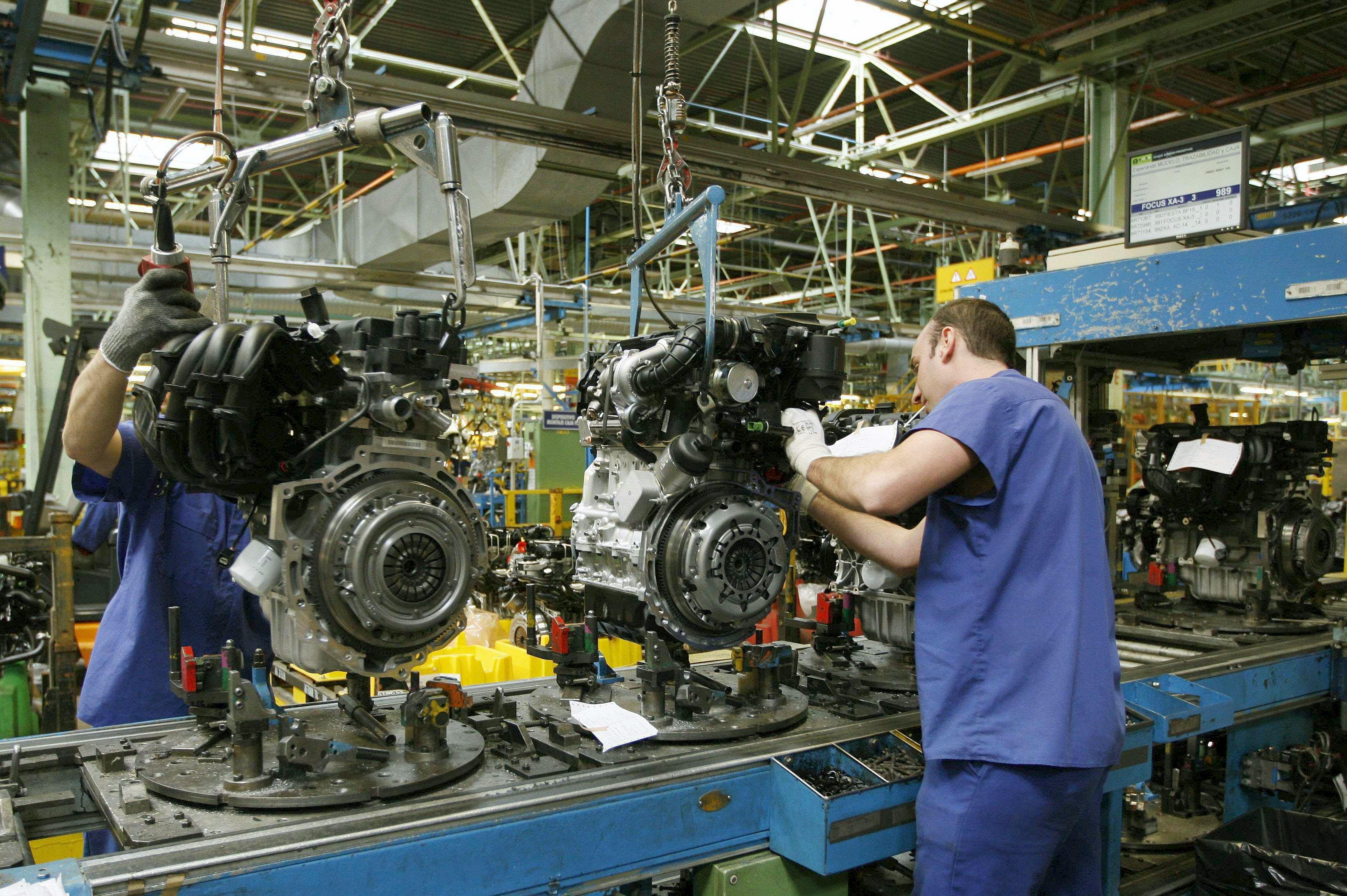 Las ventas de la industria bajan el 0,3 por ciento en febrero y los pedidos el 1 %