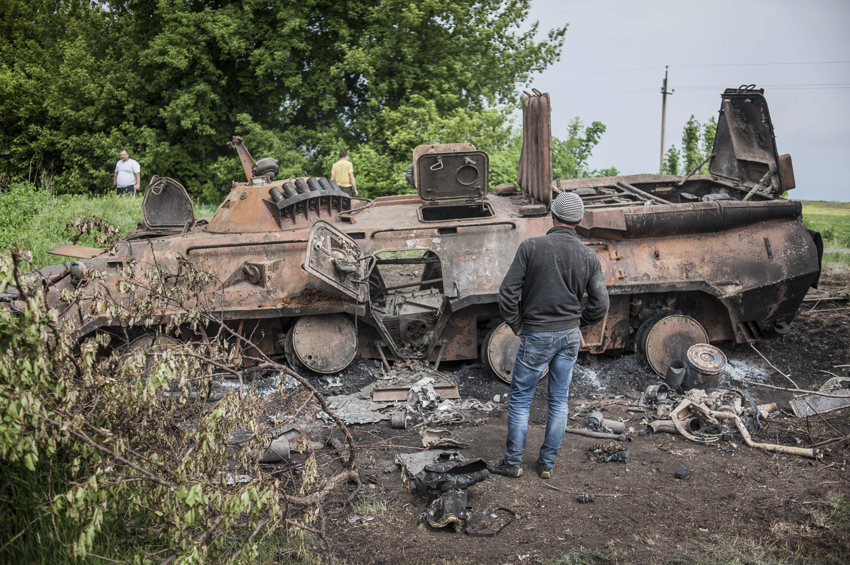 Los rebeldes de Donestk exigen la salida de las tropas ucranianas antes de las 21 horas