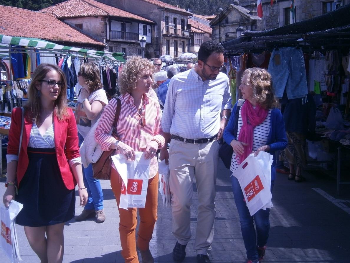Hernando llama a «cambiar» Europa y «parar los recortes» de Rajoy