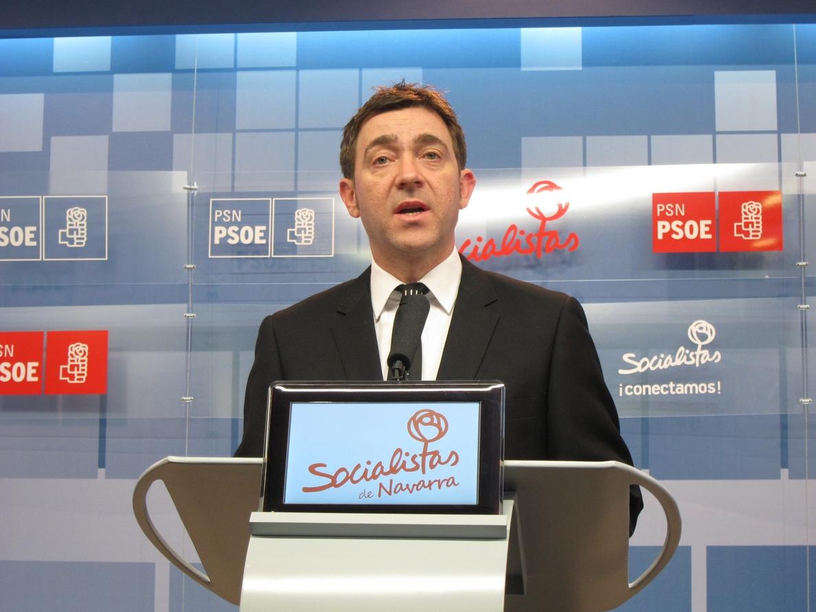 Jiménez (PSN) dice que «el plan de ajuste exigido por Rajoy es una intervención de la Hacienda foral»
