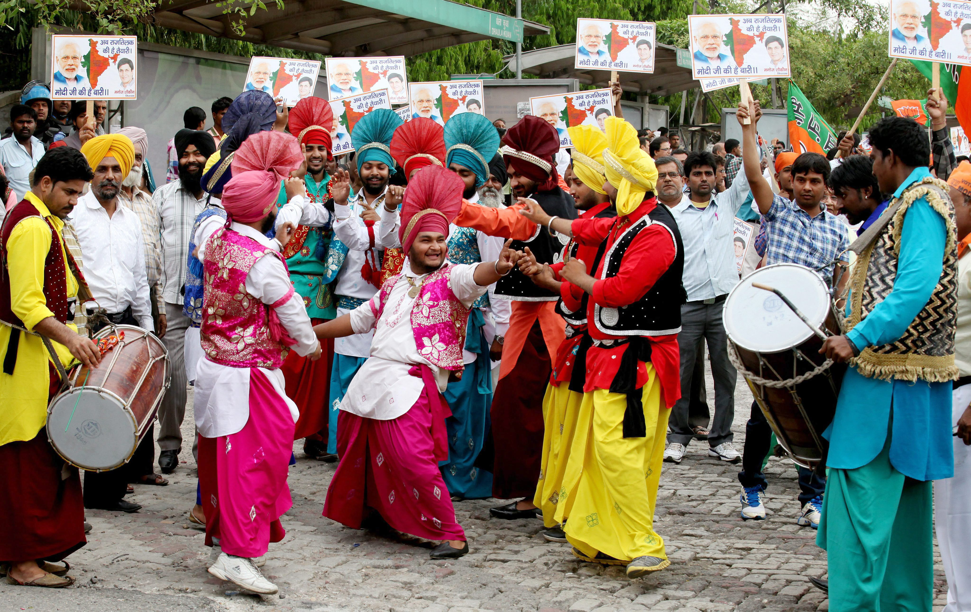 Nueva Delhi recibe a Narendra Modi entre vítores