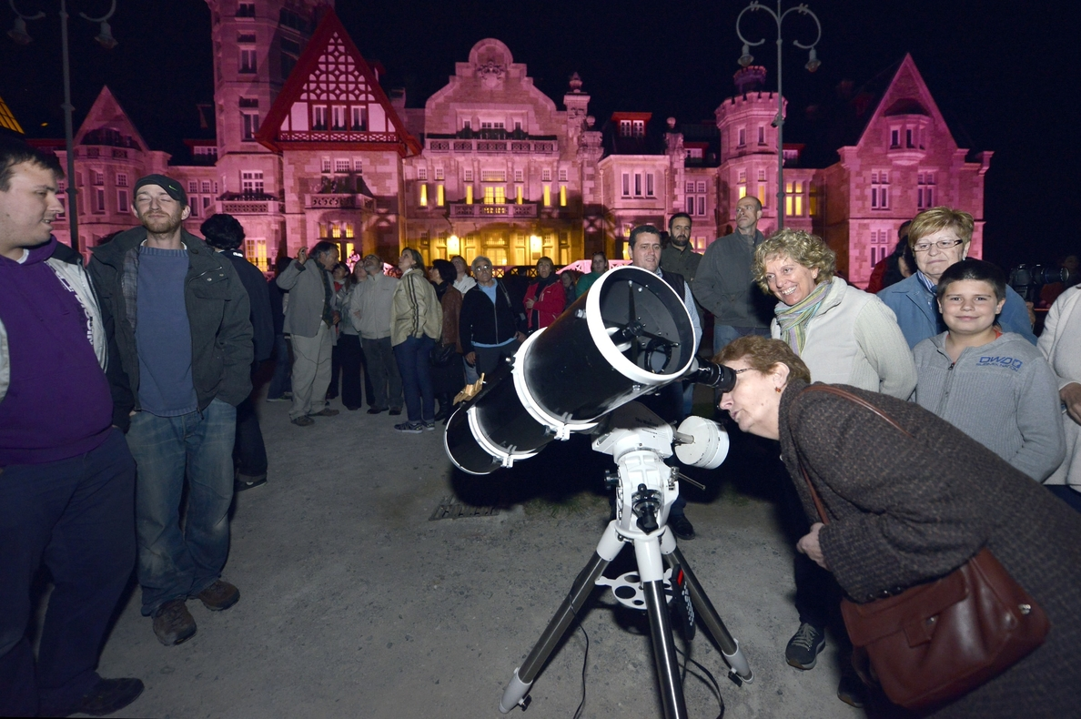 Cerca de 2.600 personas participan en las actividades del Palacio de la Magdalena por el Día de los Museos