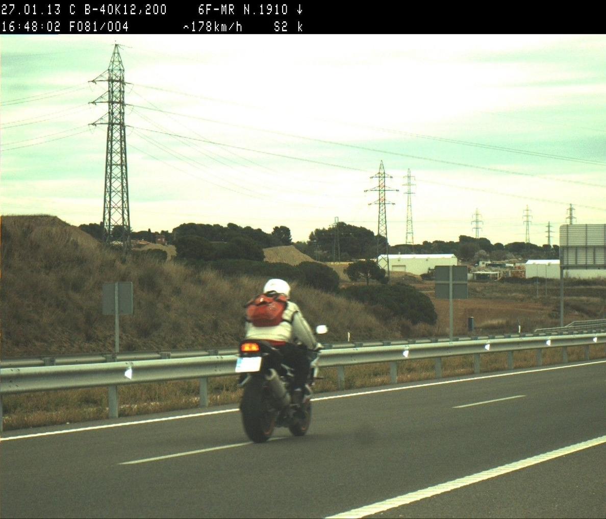 La DGT inicia este lunes una campaña especial de vigilancia y control de motocicletas en las carreteras gallegas
