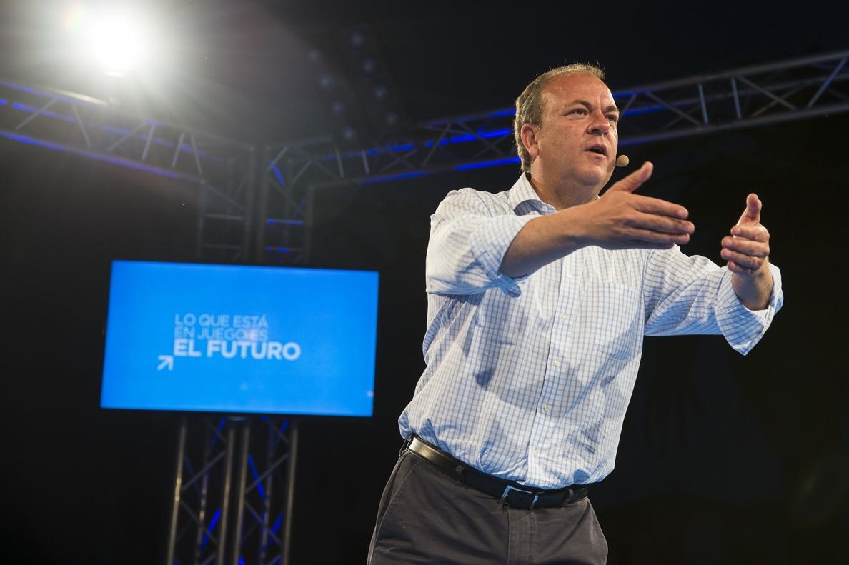 Monago reta a Rubalcaba a un debate público para hablar sobre Extremadura «donde y cuando quiera»