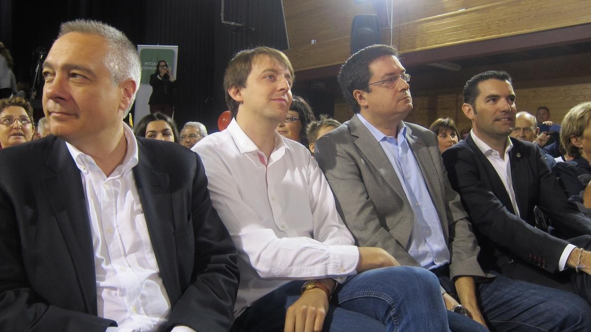 Óscar López pide el voto para que ni Rajoy ni los soberanistas hagan suya la abstención