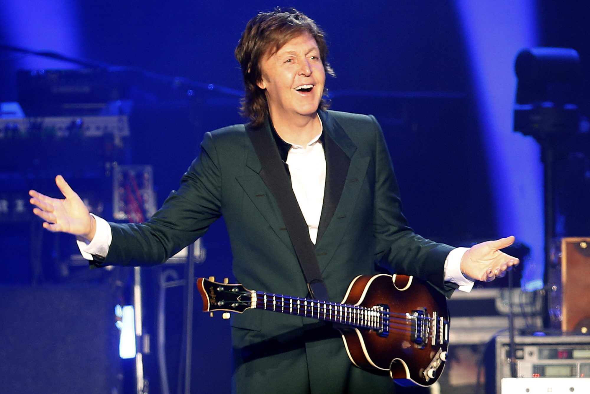 Paul McCartney cancela dos conciertos en Tokio por motivos de salud