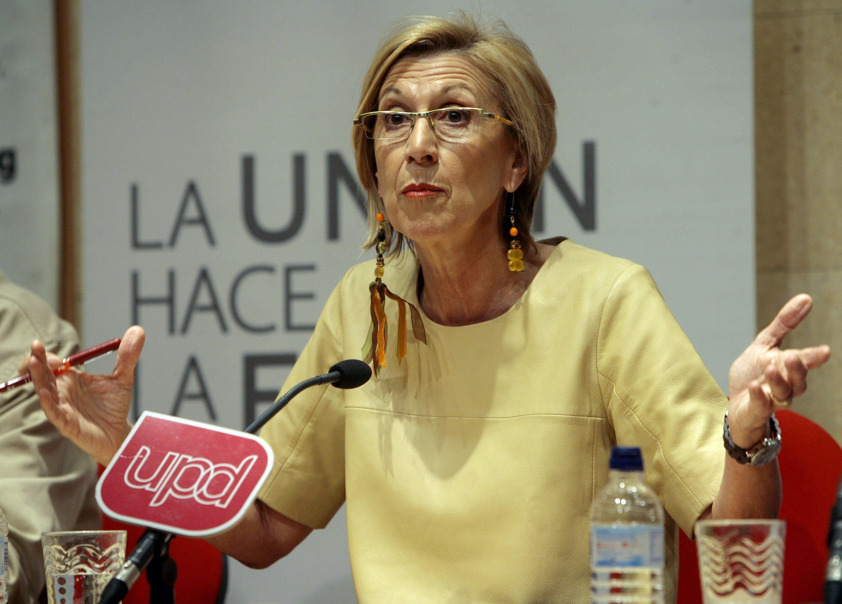 Rosa Díez cree que quien se abstiene indulta a los corruptos