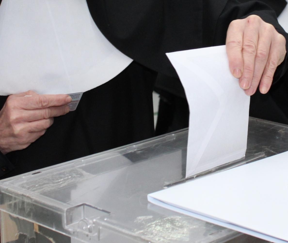 PP obtendría en Murcia el 48,6% de los votos, frente a un 28,6% del PSOE, un 11,4% de UPyD y un 10,5% de IU