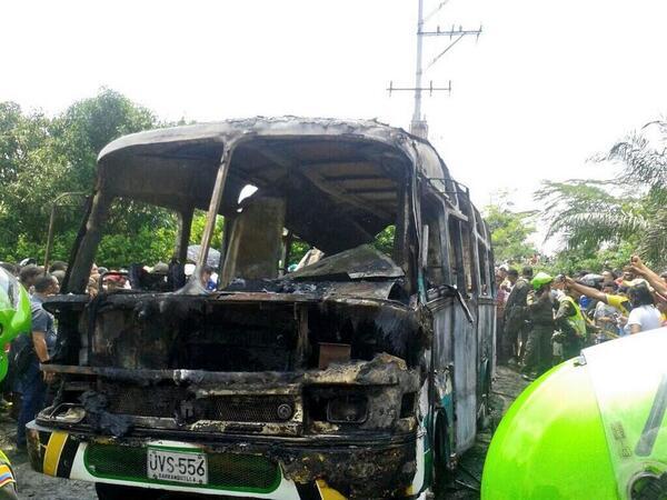 Al menos 30 niños muertos y un adulto en un incendio de un autobús en Colombia