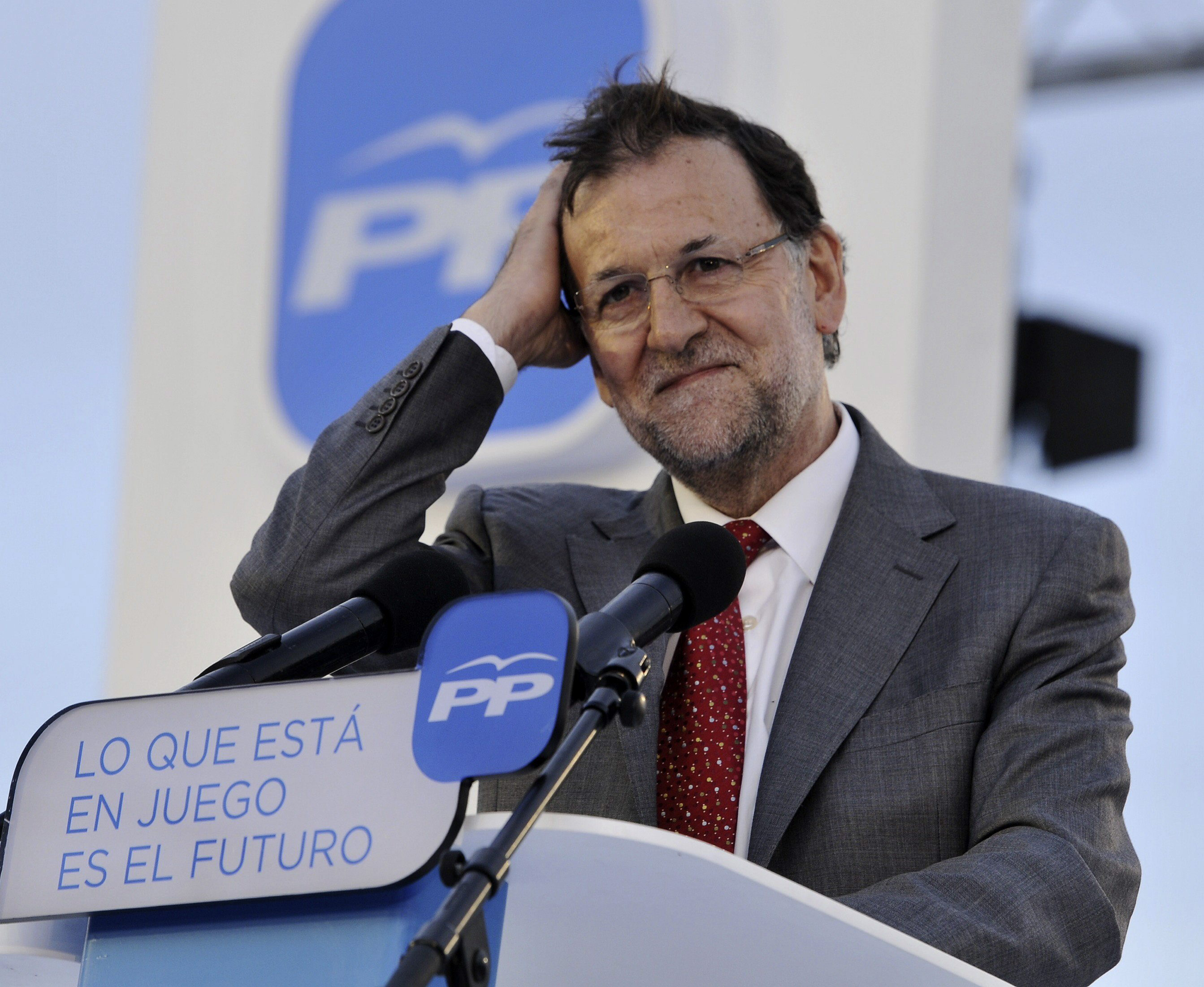 «En España el club Bilderberg estuvo gobernando unos meses a través de la Troika»
