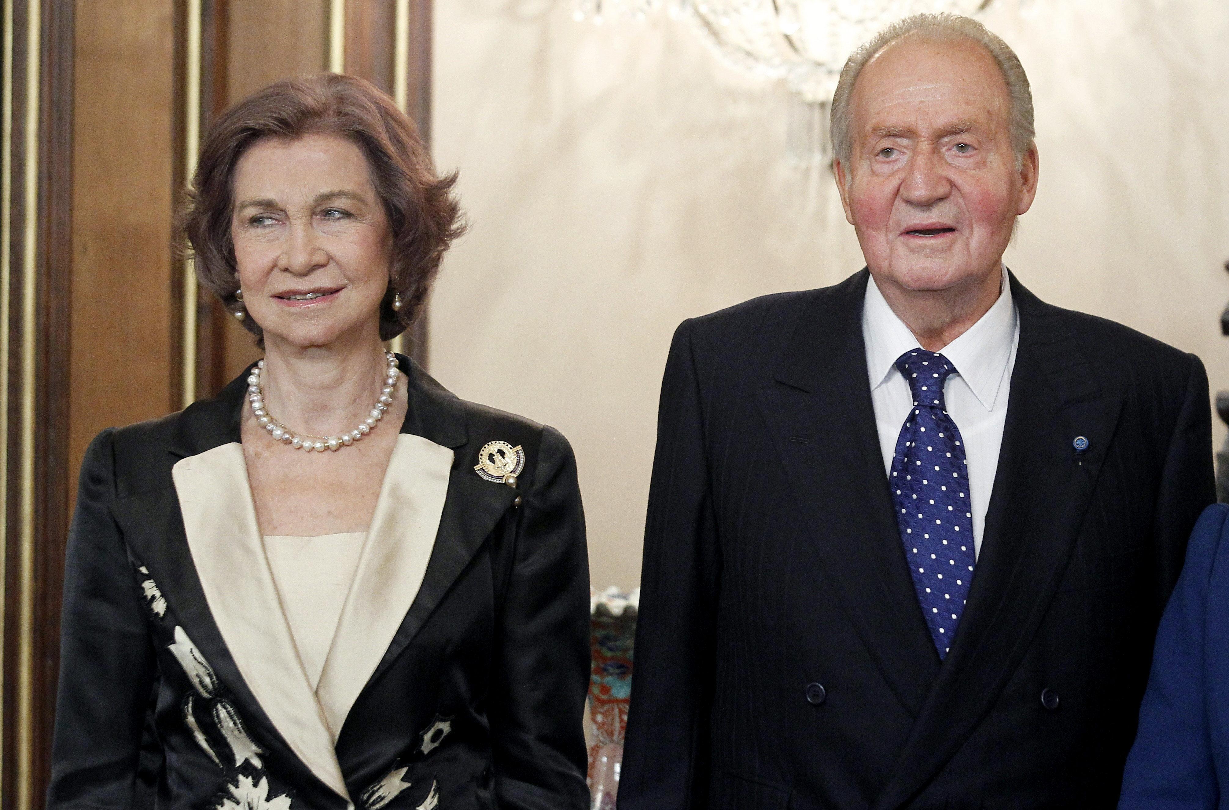 Don Juan Carlos y doña Sofía seguirán viviendo en Zarzuela
