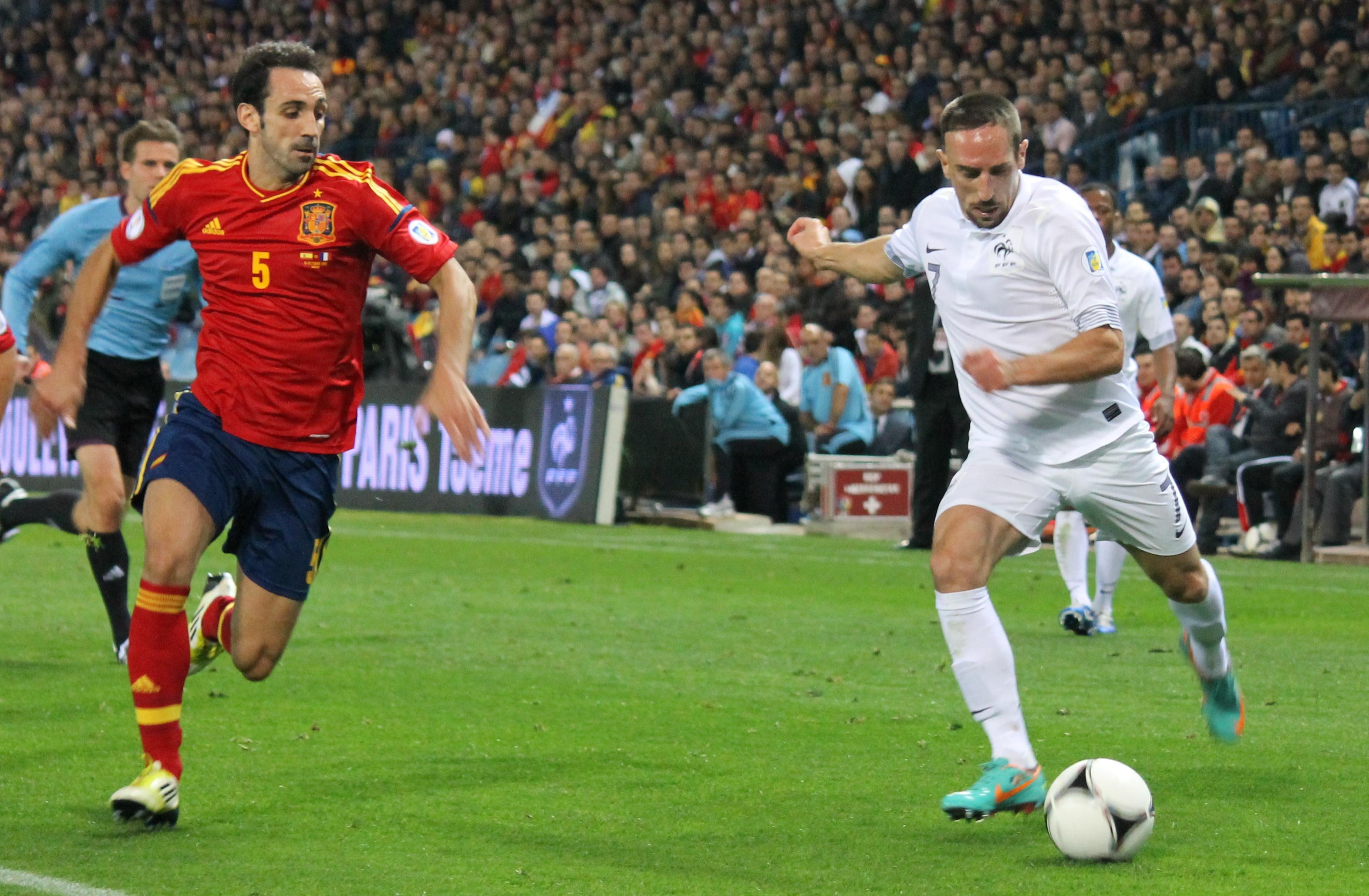 El médico de la selección francesa culpa al Bayern de la lesión de Ribéry