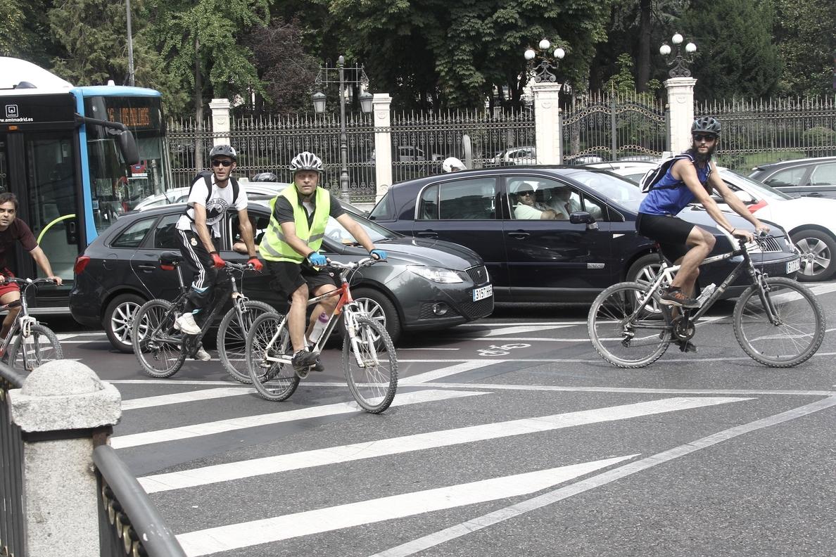 Cada mes mueren tres ciclistas en las carreteras españolas