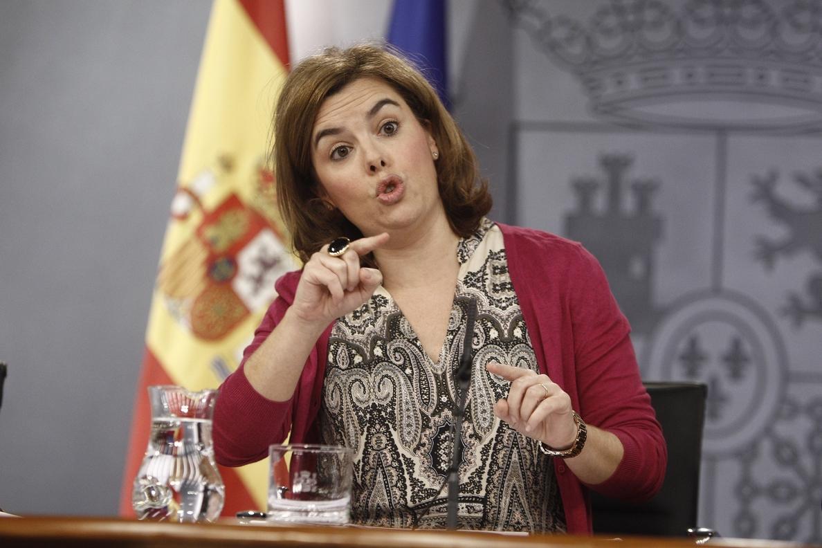 El Gobierno niega que Mas tenga solicitada una entrevista con Rajoy, pero le atenderá «el día que la pida»