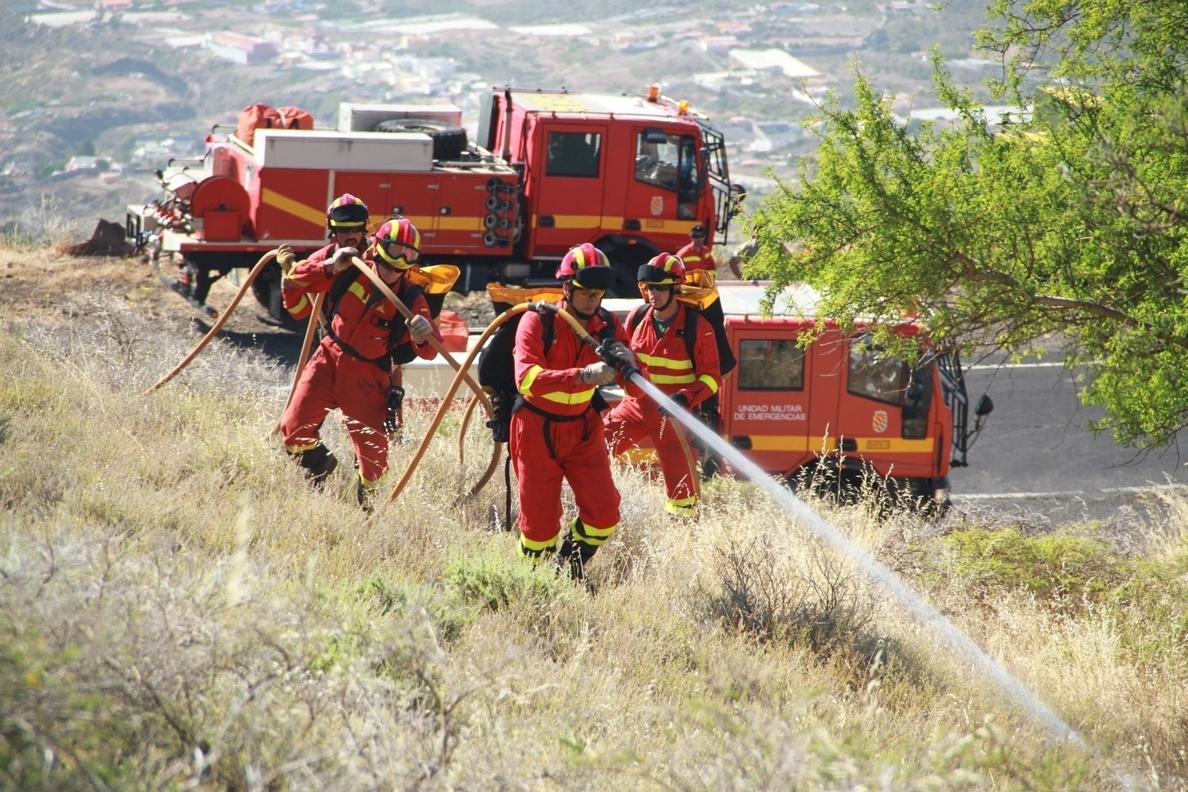Tenerife acoge un ejercicio de adiestramiento contra incendios forestales