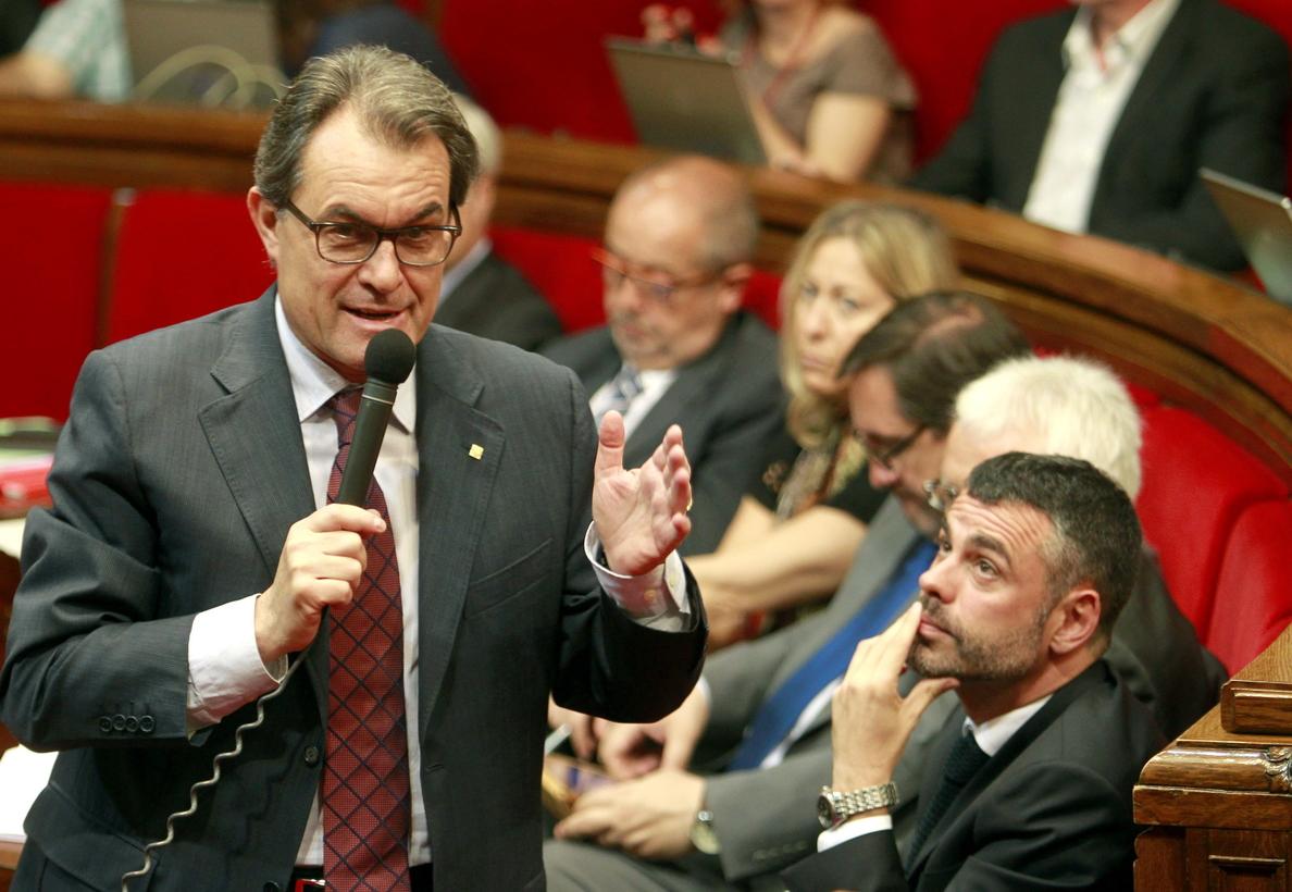 PPC afea a Mas que genere incertidumbre y PSC e ICV le reprochan los recortes