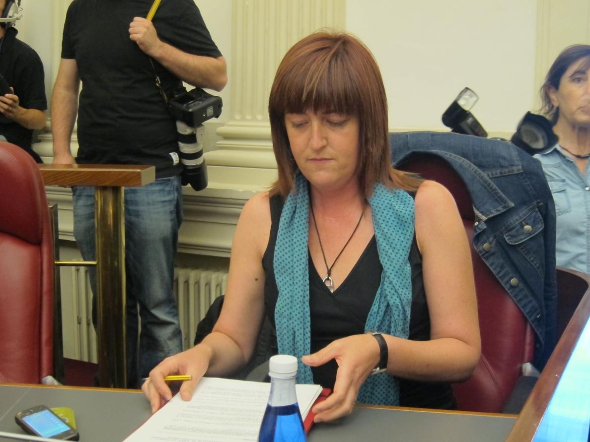 EB pide a Montoro que «respete» las negociaciones de Euskadi para acordar el pago de la multa por »vacaciones fiscales»