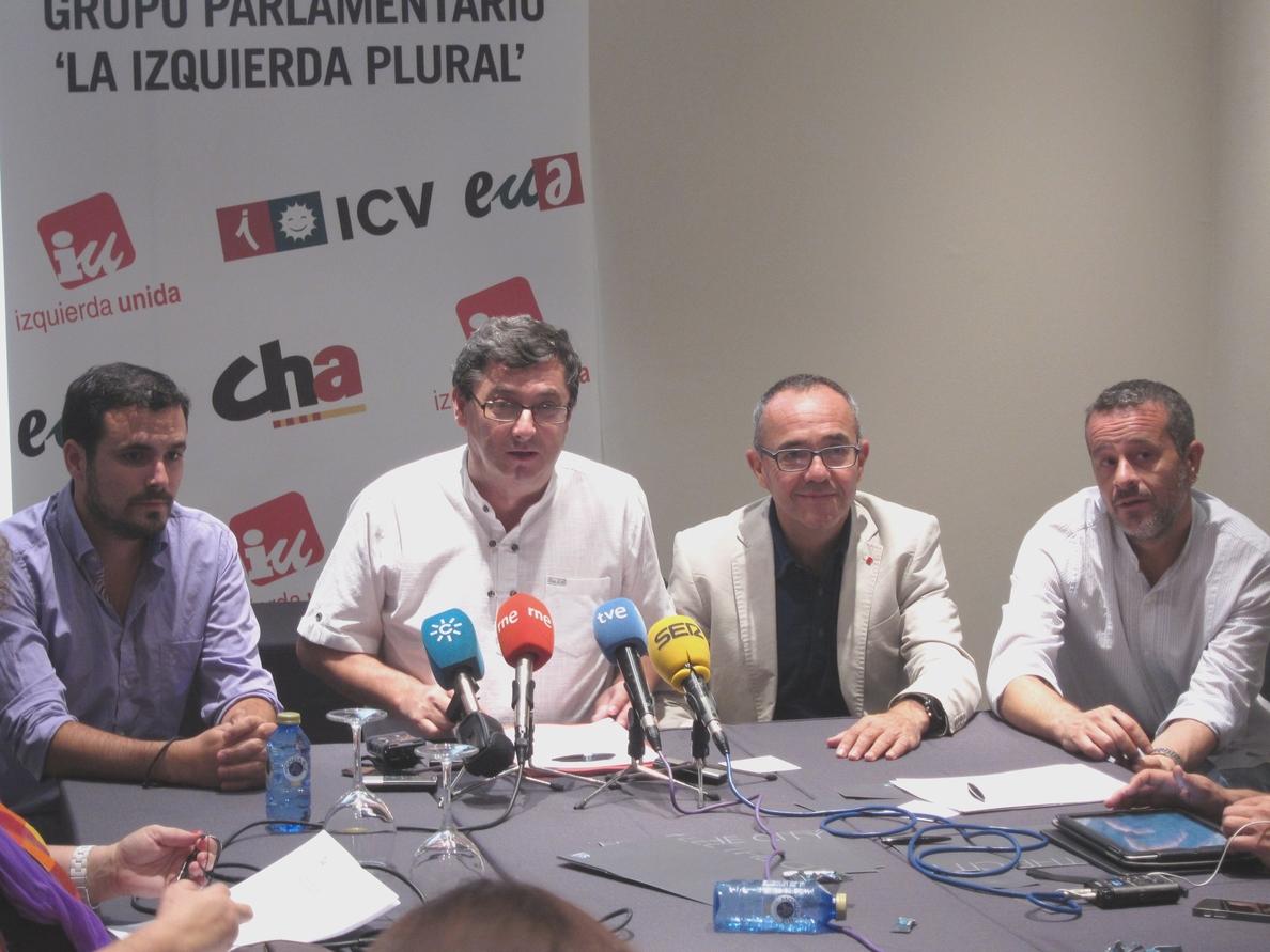 IU-ICV acusa al Gobierno de «engañar» con el decreto y ofrece sus diputados para llevarlo al Tribunal Constitucional
