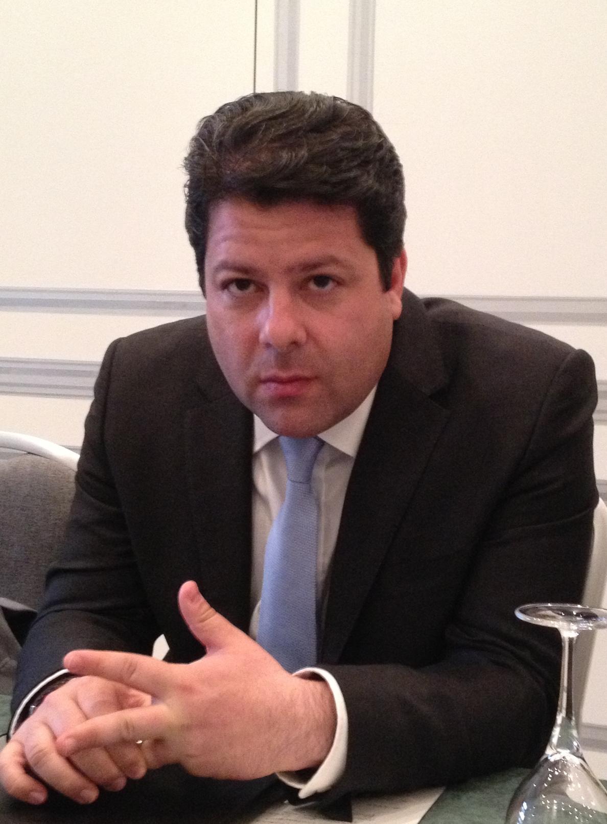 Chaves y Moscoso cenaron el miércoles con el ministro principal de Gibraltar Fabián Picardo