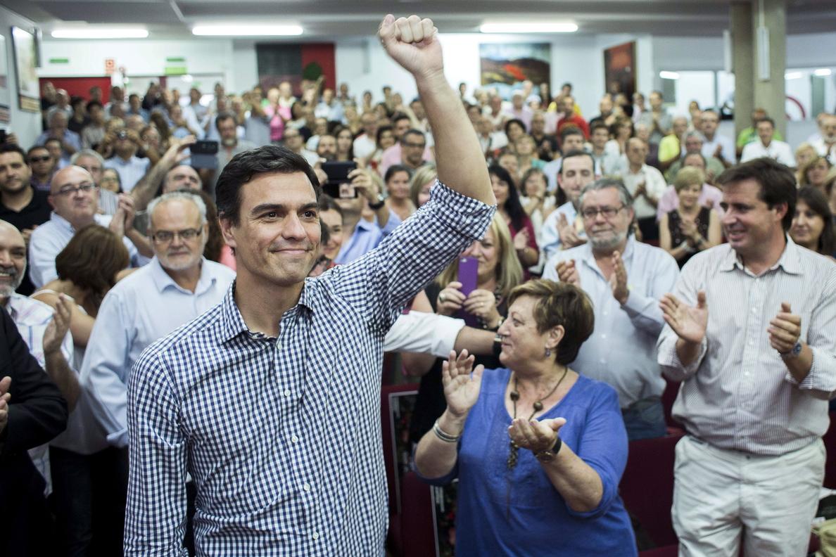 Pedro Sánchez dice que «el PSOE debe remontar a través de Murcia, Valencia y Madrid»
