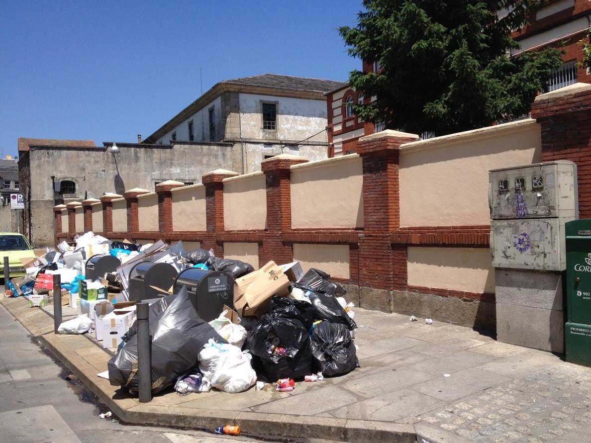 (AMP) El Ayuntamiento de Lugo suspende la intervención del servicio de basuras, tras ser recogidas 200 toneladas