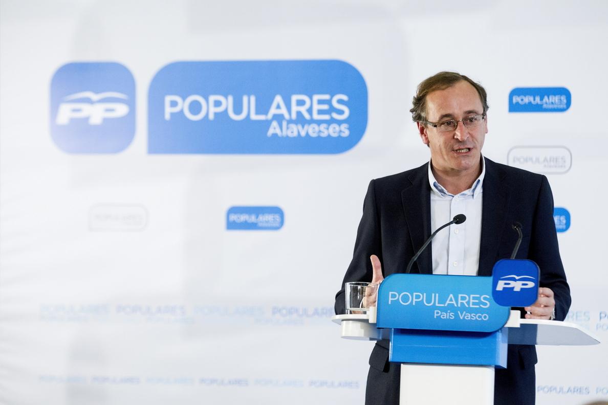 Cospedal pide a la oposición no tapar con disculpas su negativa a regenerar