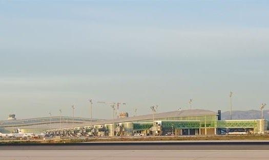 El Gobierno confía en que el nuevo helipuerto de El Prat pueda funcionar antes del próximo verano