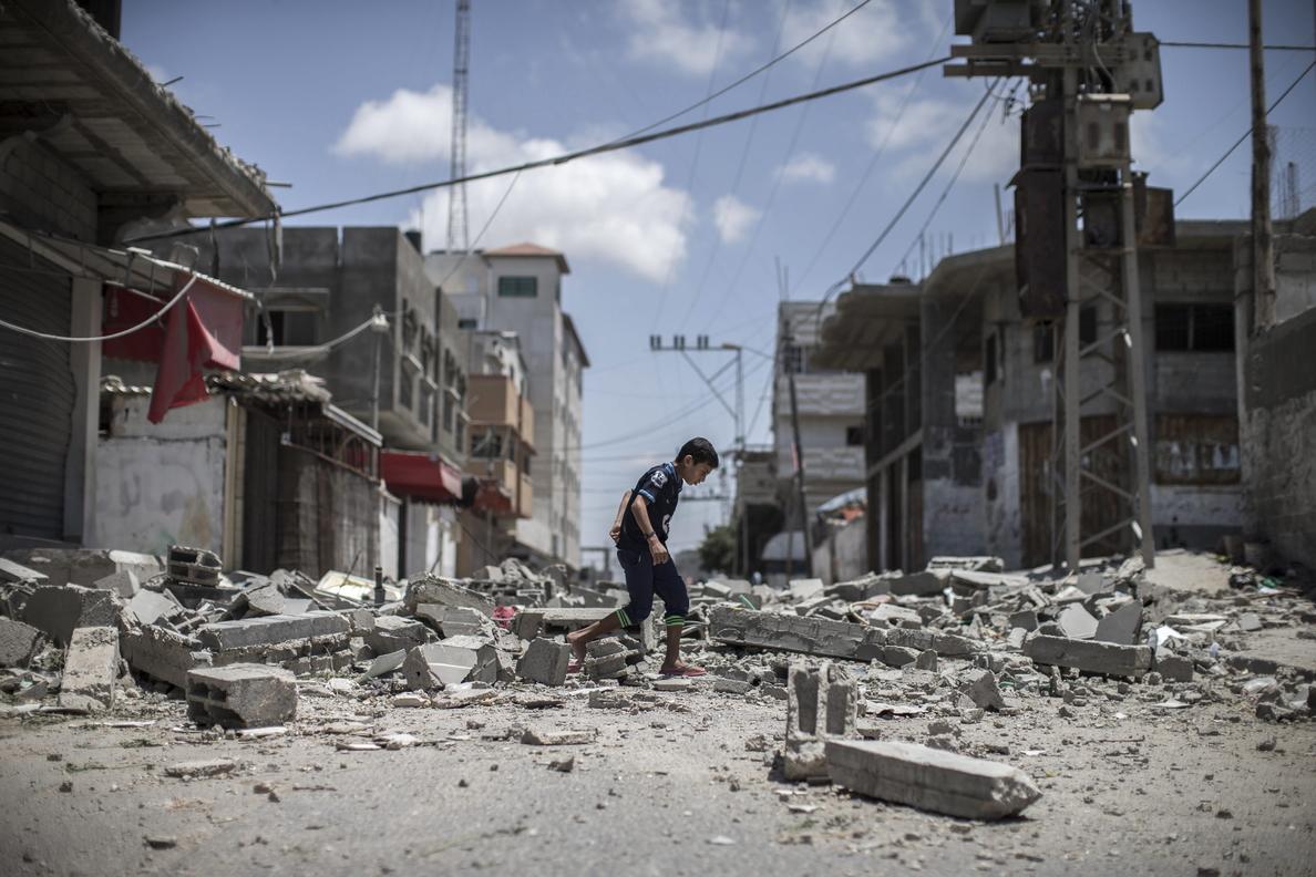Hanán Ashrawi pide un alto el fuego inmediato de la ofensiva israelí