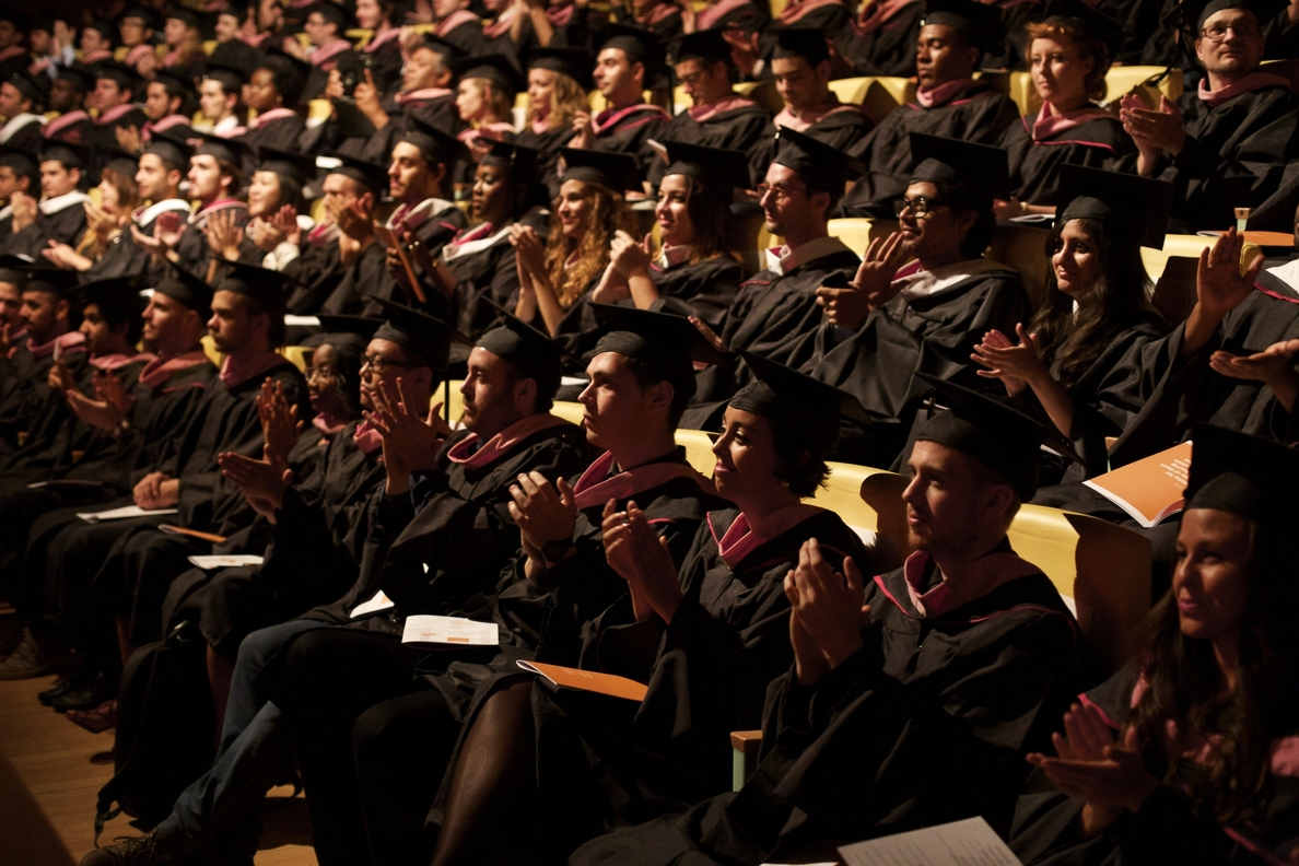 Más de 100 alumnos de 30 países se gradúan en el campus internacional de Berklee en Valencia