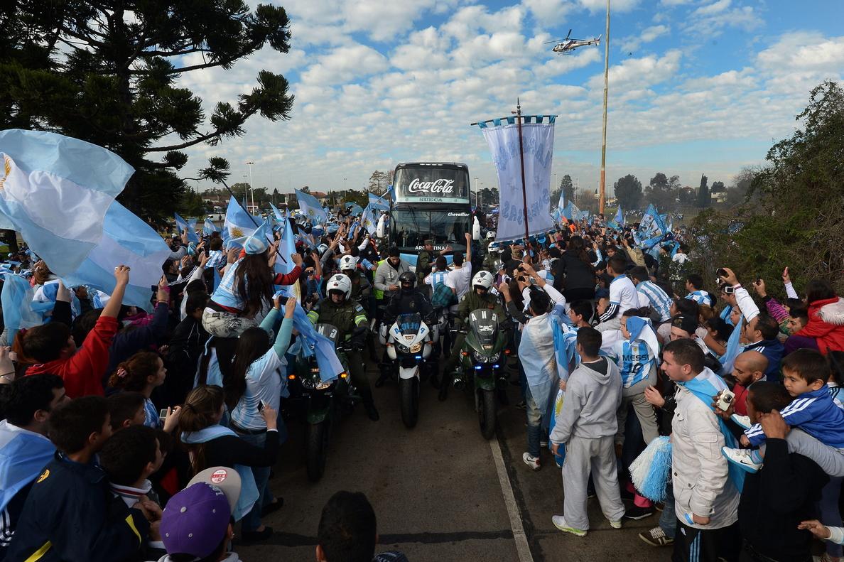 La presidenta argentina felicita a la selección por defender los colores «con orgullo»